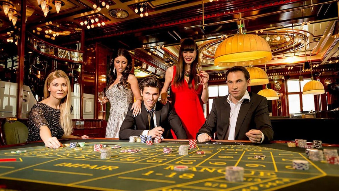 What beginners need to do before they start playing online slots?