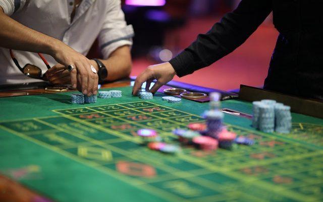 Tired of choosing online gambling website?